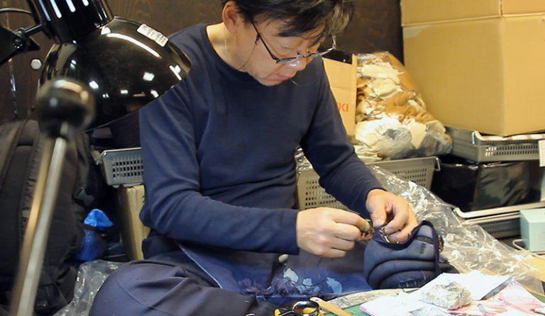 Tozando Bogu craftsman making Kendo Kote