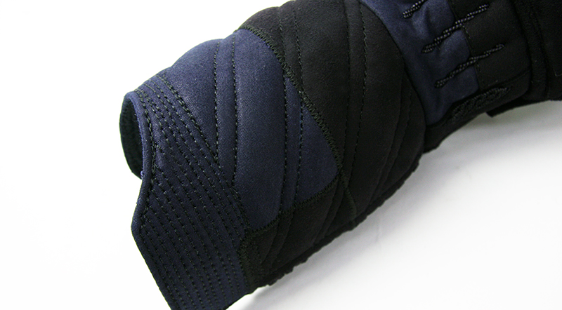 Tozando Naginata Tornado-stitch Kote Futon