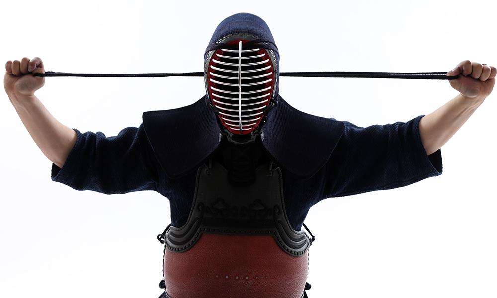 Kenshi putting Kendo Men