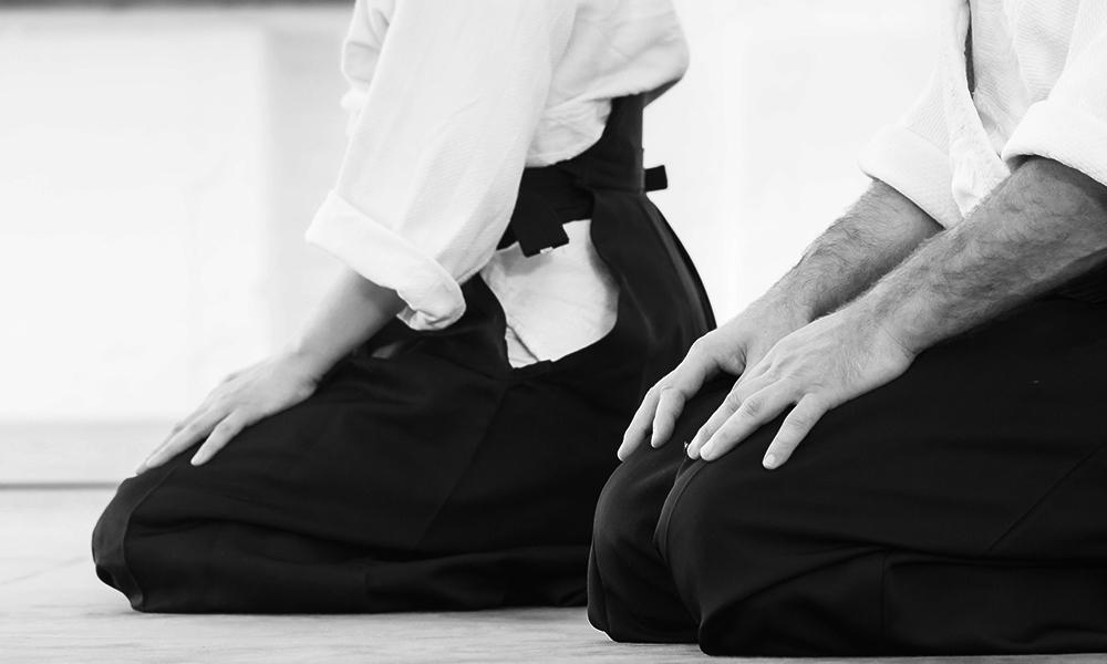 mokuso meditation in dojo