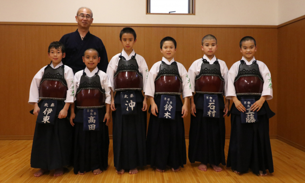 Kendo Powerhouse: Kyoto Uzumasa Boys – Practical Training that can be Used in Matches Straightaway