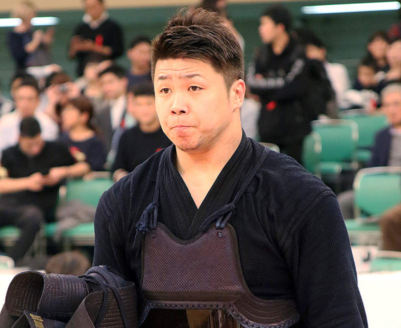 Nishimura getting ready for the final match