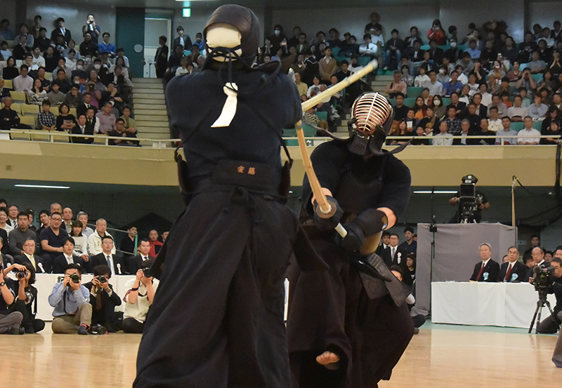 Nishimura vs Ando at the 66th All Japan Kendo championship Taikai