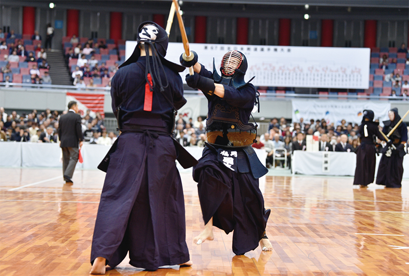 Kunitomo successfully delivered the Men against Yamamoto from Chiba at the 67th All Japan Kendo Championship.