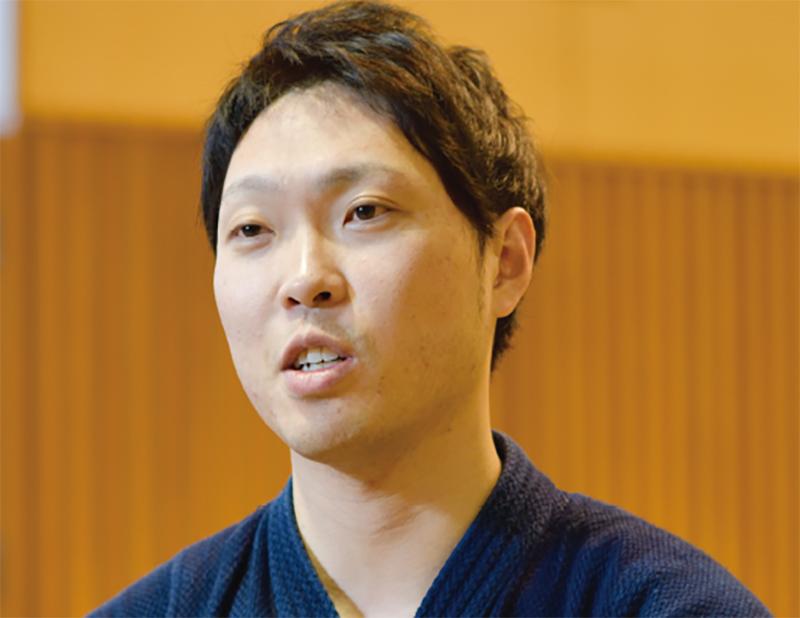 Jishiro talking about how Hokkaido police team practice Kendo