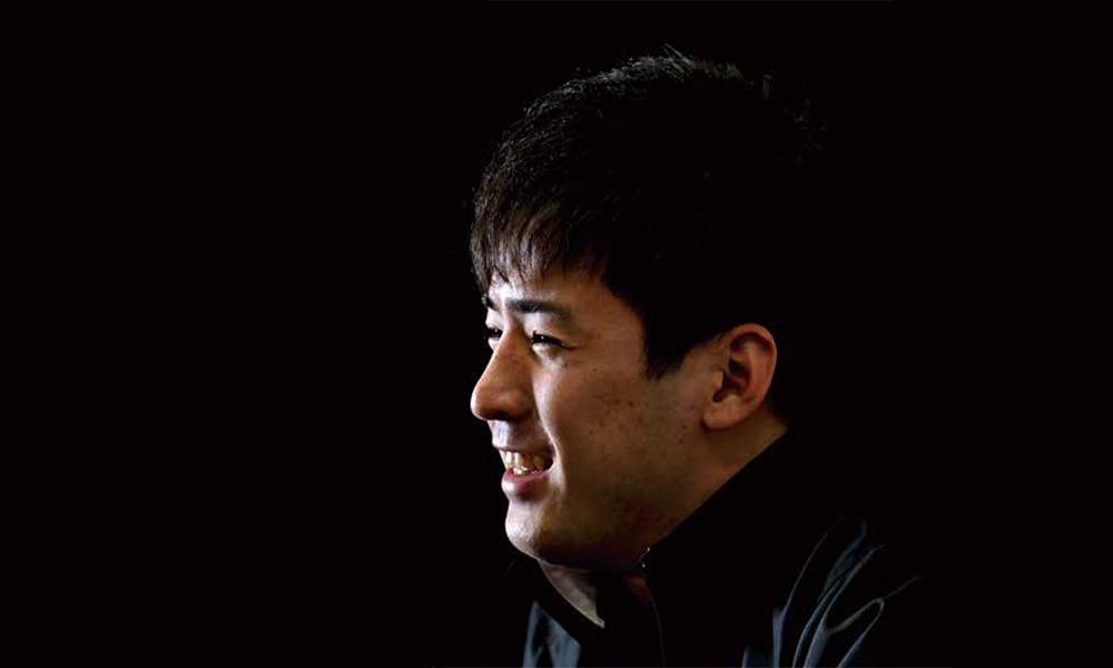 Matsuzaki Kenshiro smiling